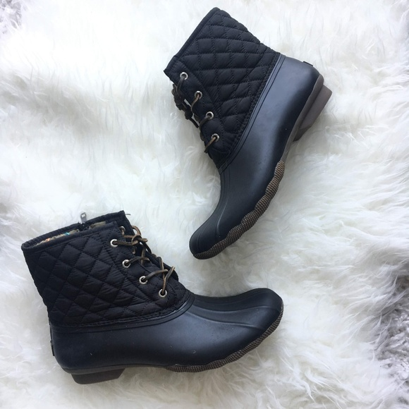 Womens Saltwater Quilted Duck Boot